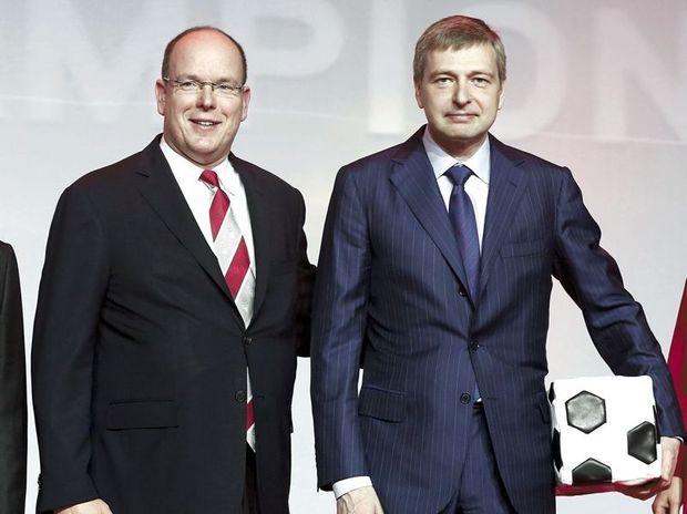 Avec le prince Albert, le 31 mai dernier, à Monaco, lors de la fête célébrant le retour de l'AS Monaco en Ligue 1.