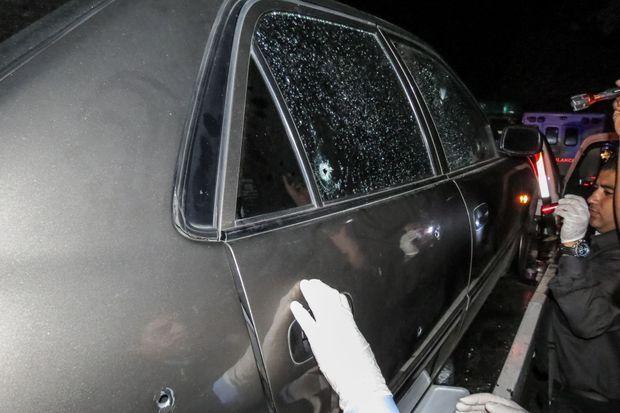 La voiture dans laquelle se trouvaient Monica Spear, son mari et sa fille.