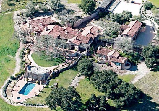 C'est dans cette immense propriété familiale de Carmel que Wendi a invité, en secret, Tony Blair en week-end.