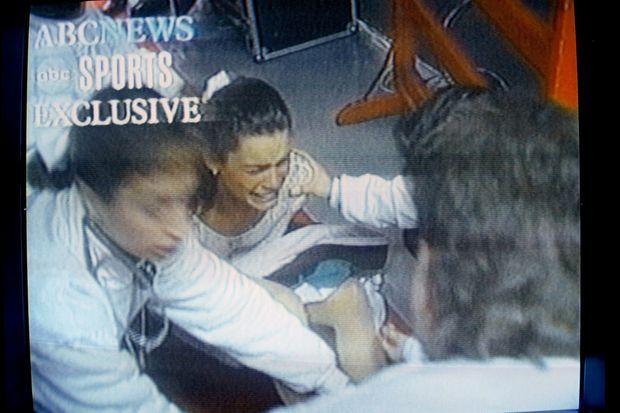 Nancy Kerrigan, après son attaque en 1994.