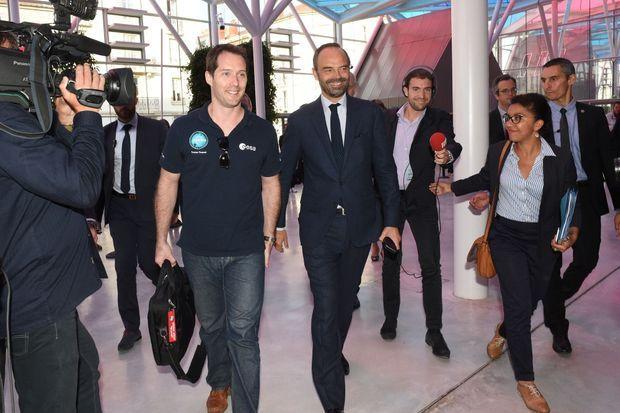 Edouard Philippe accueille Thomas Pesquet à Nancy