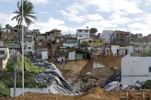 Un gouffre s'est ouvert à Natal