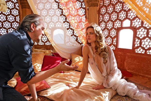 Natalia Vodianova et le réalisateur Bruno Aveillan.