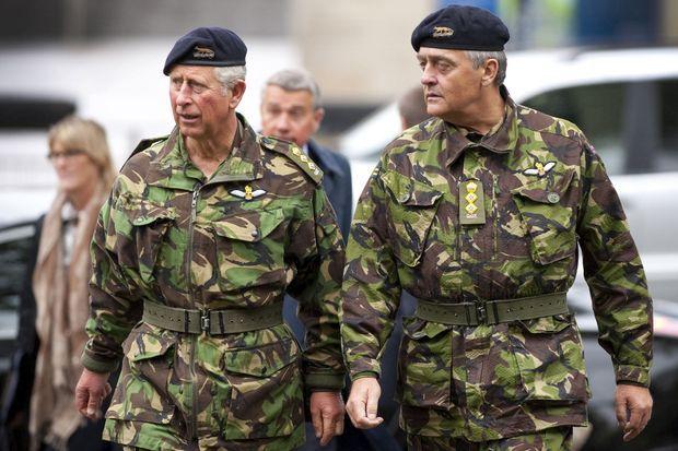 Le prince Charles avec le duc de Westminster à Newcastle, le 8 octobre 2011