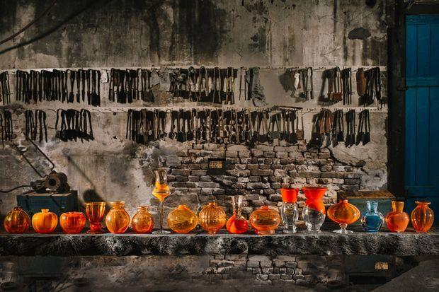 La collection des vases orange de Royal Leerdam Crystal