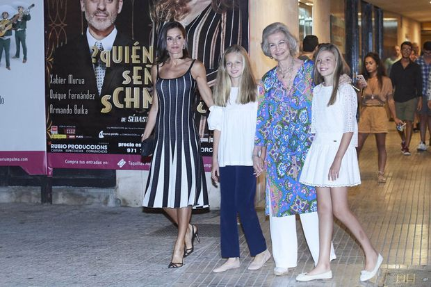 La reine Letizia d'Espagne, l'ex-reine Sofia et les princesses Leonor et Sofia à Palma de Majorque, le 2 août 2019