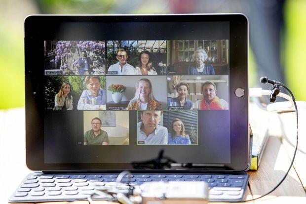 Les membres de la famille royale des Pays souhaitent l'anniversaire du roi Willem-Alexander par vidéo, le 27 avril 2020