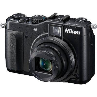nikon P7000-