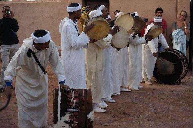 Artistes nomades du festival de M'hamid El Ghizlane en mars 2017