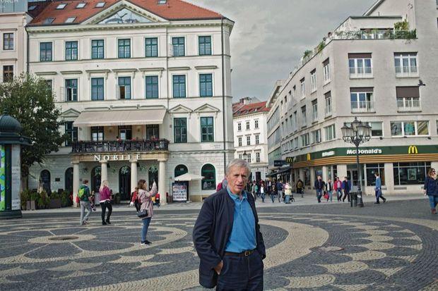 Notre envoyé spécial à Bratislava, dans une Slovaquie tiraillée entre poussées nationalistes et désir de consommation mondialisée.