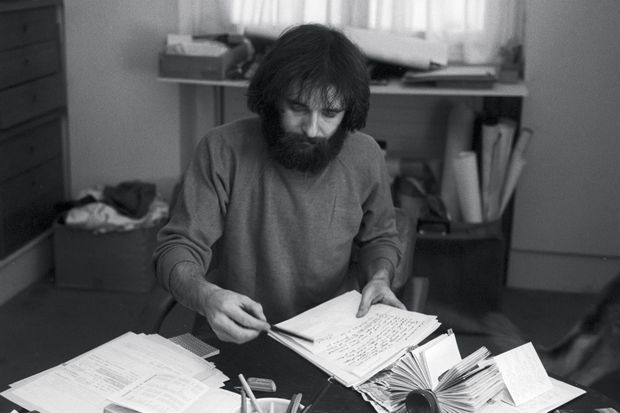Octobre 1976. Maxime Le Forestier prépare sa série de concerts au Cirque d'Hiver.