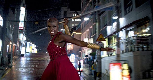 Okoye (Danai Gurira), la garde du corps de T'Challa