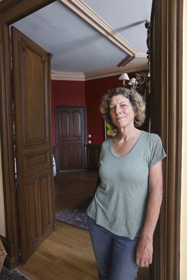 Ancienne journaliste, l'Anglaise Fiona Beeston est propriétaire du clos des Capucins depuis 2010.