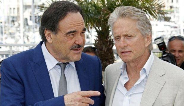 Oliver-Stone-et-Michael-Douglas-a-Cannes_articlephoto-
