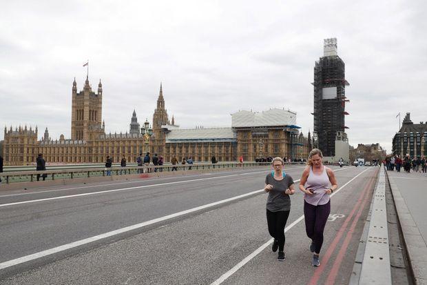 Le palais de Westminster, vu depuis le Westminster Bridge, le 27 mars.