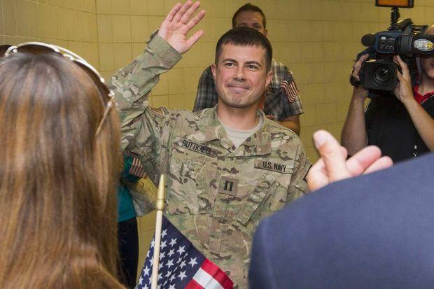 Pete Buttigieg de retour à South Bend après son déploiement de sept mois en Afghanistan, en septembre 2014.