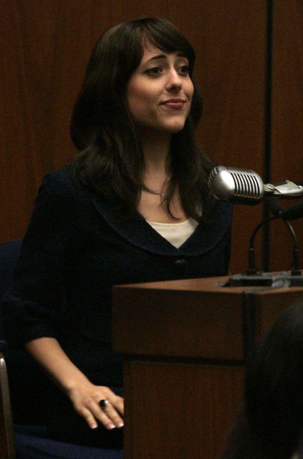 Nicole Spector, la fille du producteur, lors du procès en août 2007.