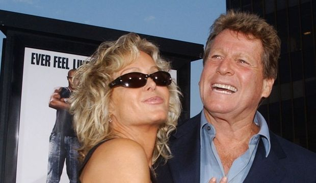 photos-culture-cinema-farrah fawcett ryan o'neal--