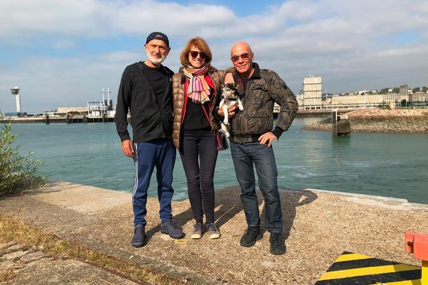 Gilles et Pierre avec Elisabeth Couturier, qui a co-réalisé le documentaire.