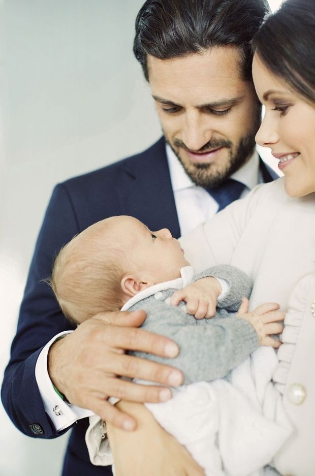 Le prince Gabriel de Suède avec ses parents début octobre 2017