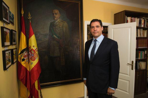 Pour Louis de Bourbon, arrière-petit-fils du Caudillo et président d'honneur de la Fondation Francisco Franco: «Il faut laisser les morts tranquilles.»