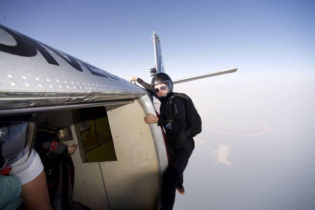 La princesse Latifa est une parachutiste chevronnée.