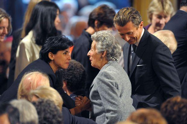 Andrée Sarkozy échange avec Rachida Dati, le 12 septembre 2008.