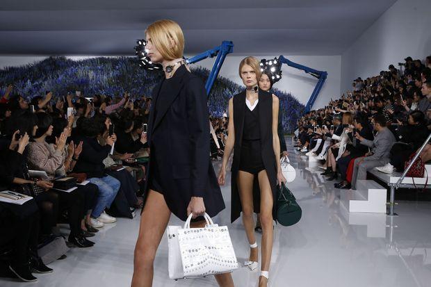 Le dernier défilé de Raf Simons chez Dior, début octobre.