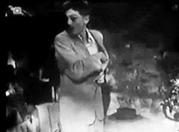 """Une du """"Rapt"""", le premier film d'Alain Delon, un court-métrage tourné en 1949."""