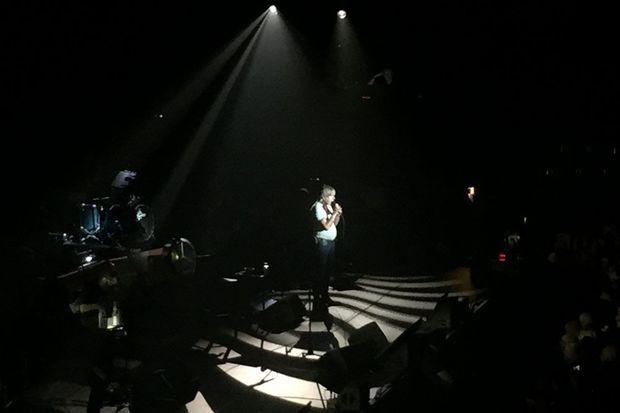 Renaud a chanté plus de 30 titres, samedi soir à Evry.