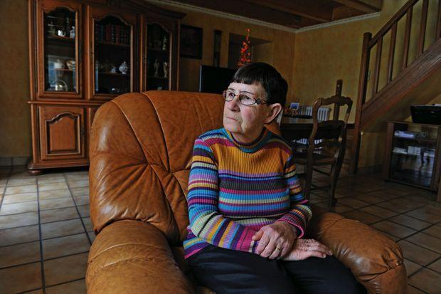 Renée Troadec, la mère de Pascal et Lydie, chez elle, à Guipavas, le 10 mars.