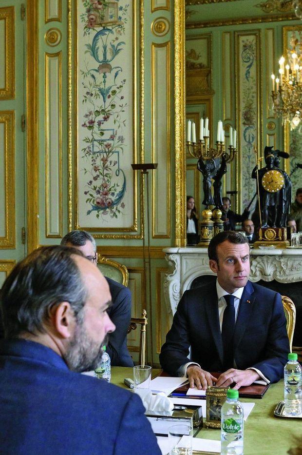 Réunion interministérielle, lundi 18 mars à l'Elysée.