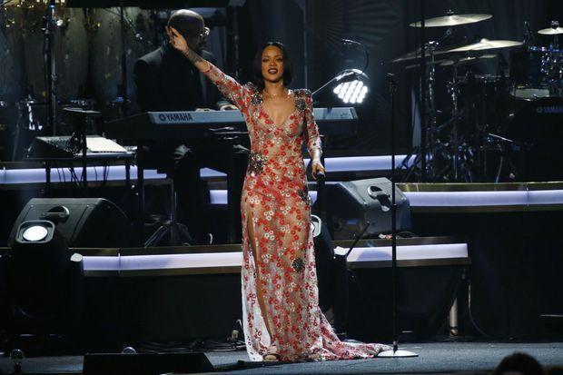 Rihanna au concert caritatif organisé par Lionel Richie le 13 février 2016.