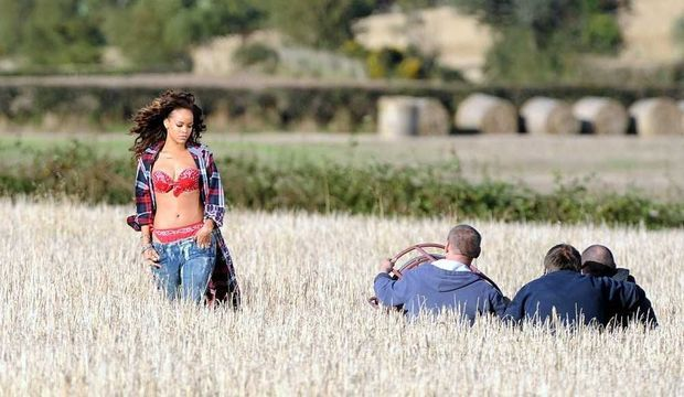 Rihanna en tournage en Irlande-
