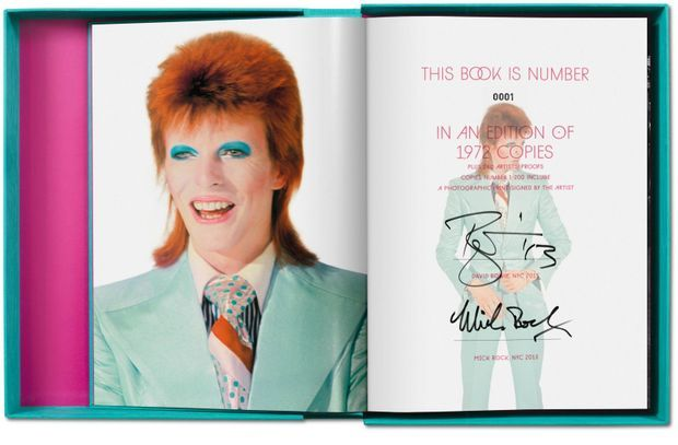 "Pages intérieures de ""Mick Rock. The Rise of David Bowie 1972-1973"""