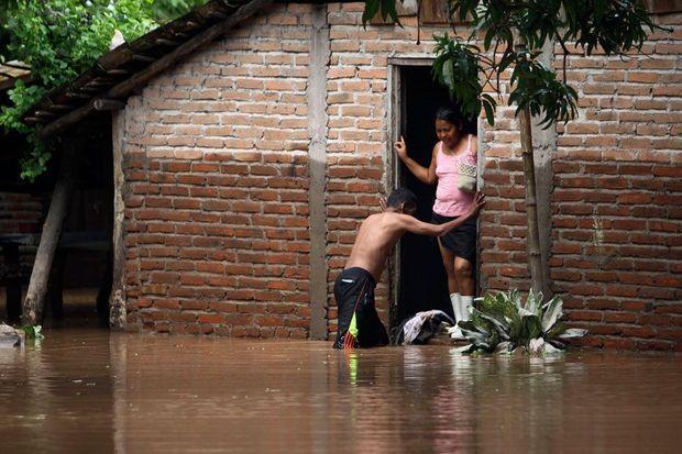 Des inondations en Amérique Centrale.