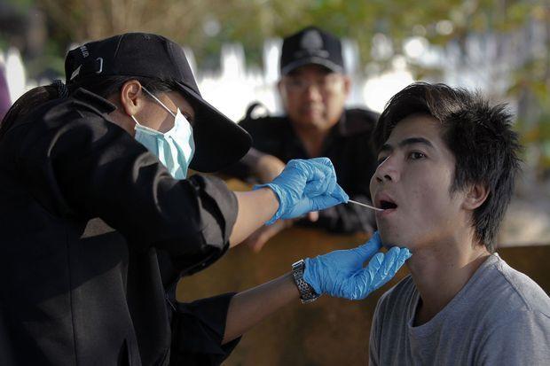 Des test ADN ont été réalisés sur les personnes travaillant aux alentours.