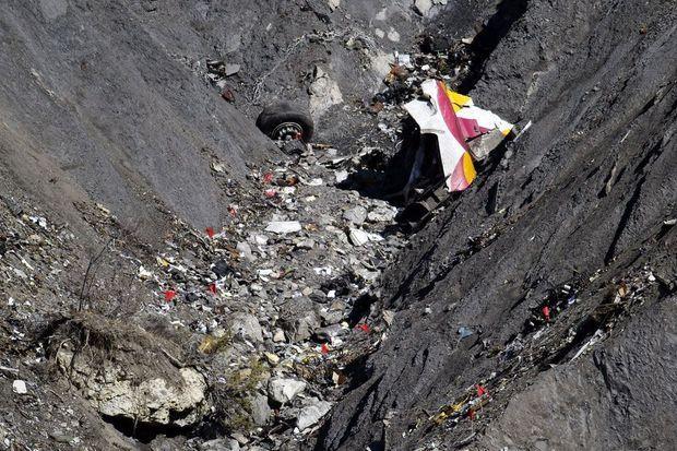 L'enquête continue à plus de 1500 mètres d'altitude.