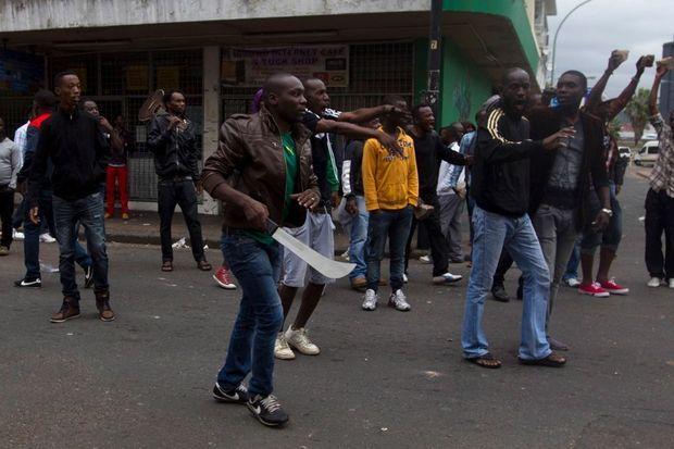 Depuis trois semaines, la ville de Durban en plein chaos.