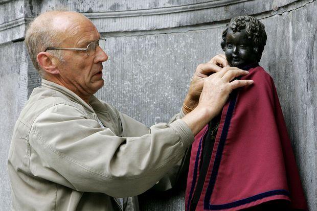 Jacques Stroobants est l'habilleur officiel de la statuette.