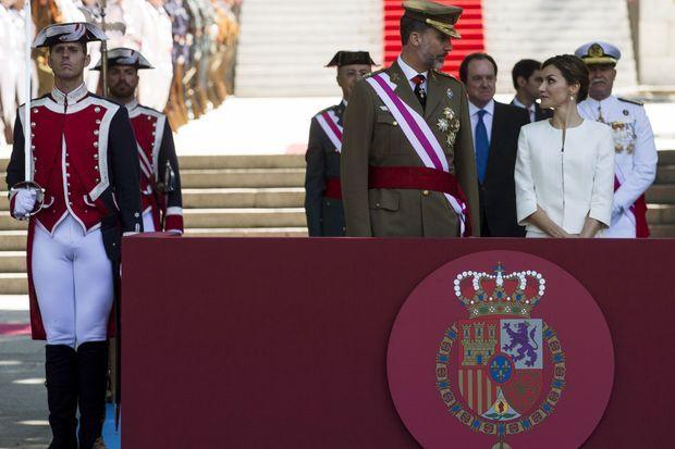 Le roi Felipe VI et la reine Letizia d'Espagne à la Journée des Forces armées à Madrid, le 6 juin 2015