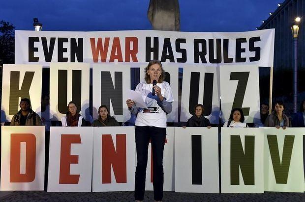 """A Bruxelles, le 3 novembre la présidente de MSF, Meinie Nicolai , rappelle que """"même la guerre a des règles""""."""