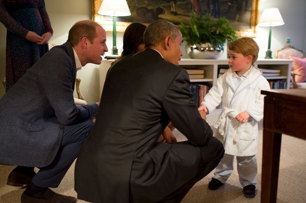 Baby George rencontre Barack Obama à Kensington Palace à Londres, le 22 avril 2016