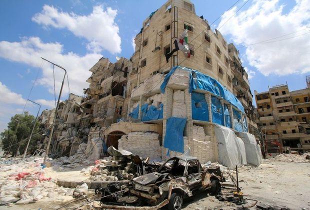 A l'est d'Alep, le 28 avril, les vestiges de l'hôpital d'Al-Quds, bombardé par les raids aériens du régime.