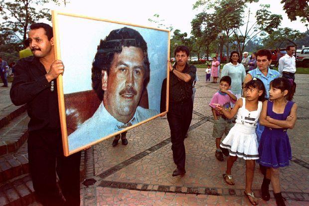 Marche à la mémoire de Pablo Escobar le 2 décembre 1994.