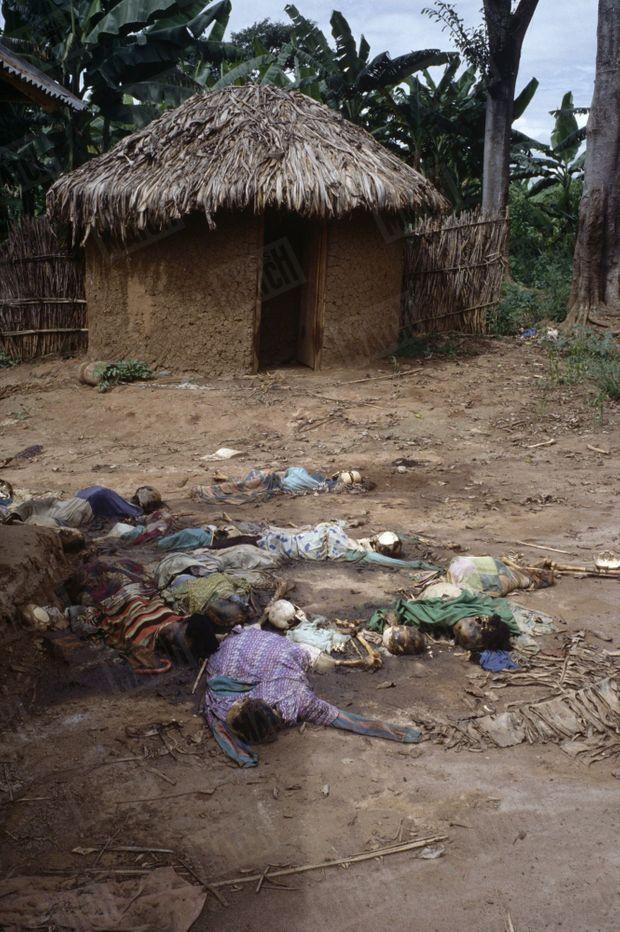 Massacre à Rukoma, au Rwanda, mai 1994.