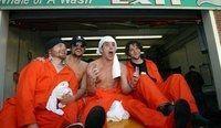 Ryan-Dunn-Johnny-Knoxville-Steve-O-et-Bam-Margera-de-Jackass-en-2002_scan_photo-