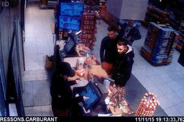 Mohamed Abrini et Salah Abdeslam, le 11 novembre, deux jours avant les attentats de Paris.