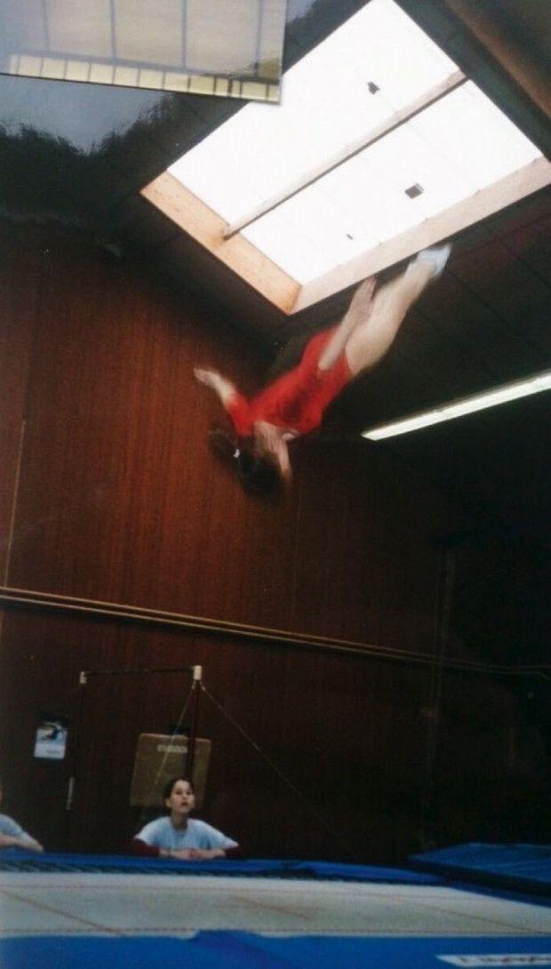 Salto arrière… Elle commence le trampoline à l'âge de 6 ans et repart avec le bronze en 1999, à 19 ans, au championnat national.
