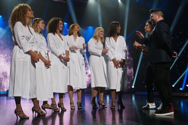 """Les six participantes de la saison 2 de """"Stars à nu""""."""